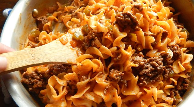 Vera Hinman's Noodle Dish, simple & quick ground beef & noodles
